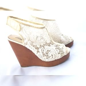COPY - Lucky Brand Lace Wedge 8.5